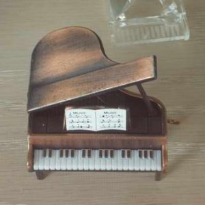 飾用小鋼琴-01